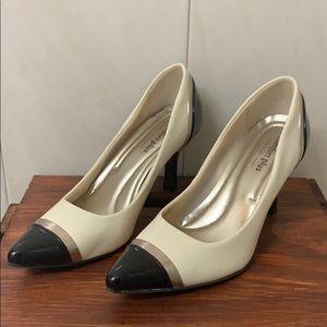Black toe shoes